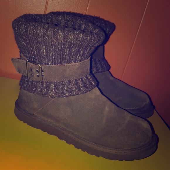 393d40fcd39 UGG Cambridge Dark Brown Sheepskin Sweater Boots 9